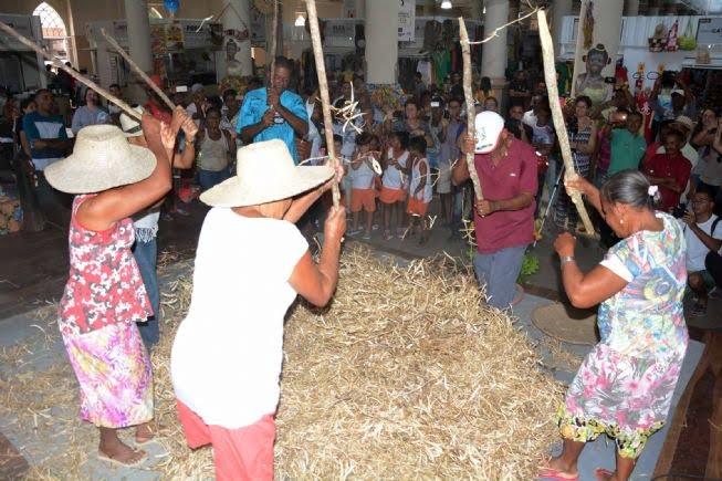 Bata do Feijão (Foto: http://www.feiradesantana.ba.gov.br/noticias.asp?idn=15405)
